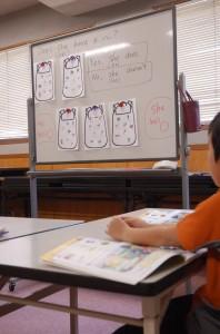 小学校低学年子ども英会話の様子