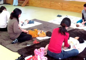 Assistant nurses from the Okinawa Diocese help the kindergarten face tomorrow amid all the difficulties confronting Fukushima